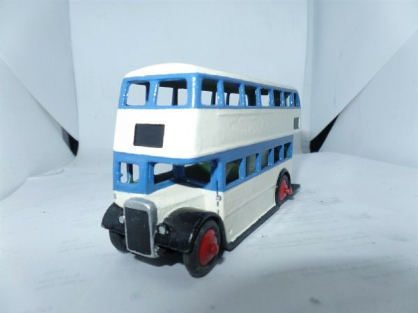 Dinky 29C 290 STL Bus Blue & Cream Leyland No Roofbox Sheffield ?